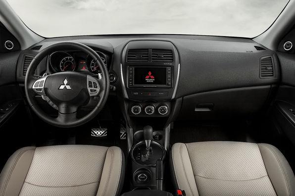 Интерьер Mitsubishi ASX