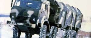 Камаз движется по снегу