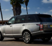 Внешний вид Range Rover LWB три четверти сзади слева