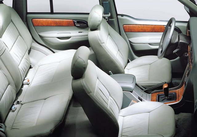 Салон SsangYong Musso Sports