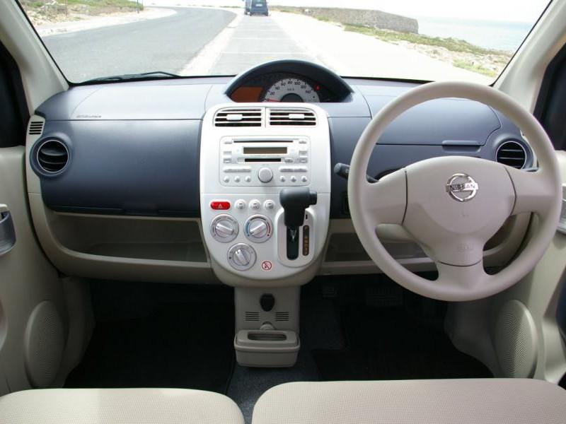 Руль, кпп и консоль Nissan Otti